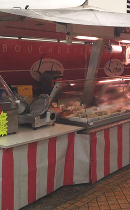 La boucherie LAFON à Bazas et coimères marchés de Gironde (33) vous propose ses pièces de boeuf et boeuf gras de bazas Viande et charcuterie maison