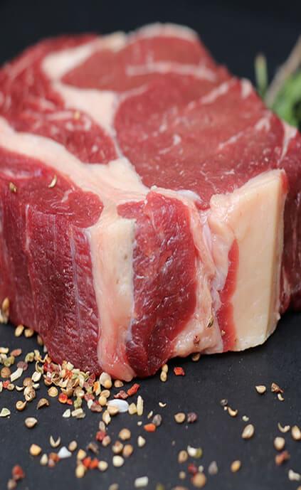 La boucherie LAFON à Bazas et coimères Gironde (33) vous propose ses pièces de boeuf et boeuf gras de bazas Viande et charcuterie maison